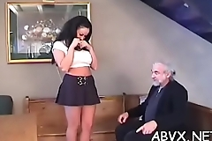 Woman endures heavy stimulation in wild amateur fetish clip scene