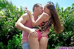 Stepsiblings fall in love and have sex!